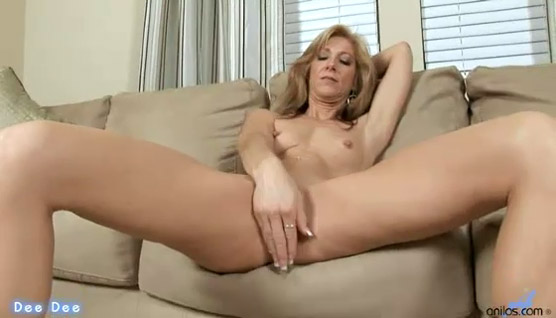 Cougar Time! Check out our interview with MILF Pornstar Dee Dee!